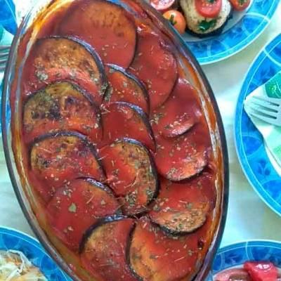 Мусака од модри домати со печурки