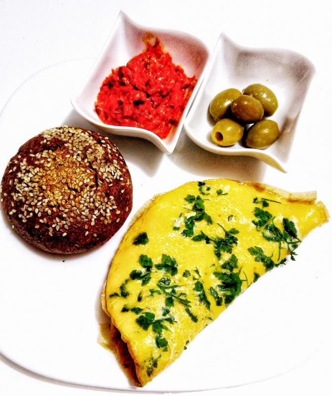 Појадок - Кајгана со магдонос