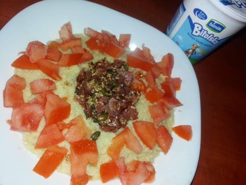 Појадок - Просо со сланина и кисело млеко