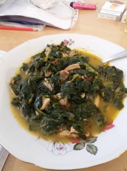 Ручек - Спанаќ со пилешко месо