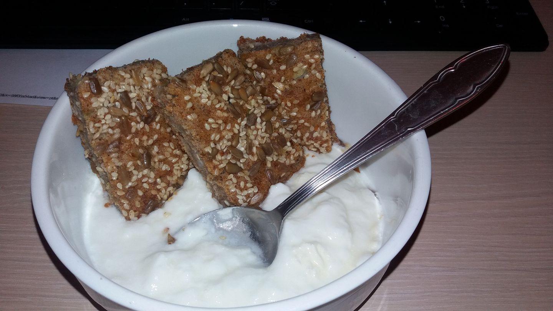 Појадок - Проја без јајца, со праз и кисело млеко