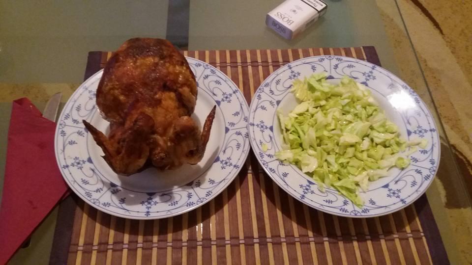 Ручек - Печена кокошка и зелка салата